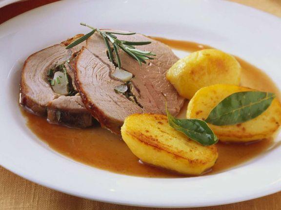 Gefüllter Schweinebraten ist ein Rezept mit frischen Zutaten aus der Kategorie Schwein. Probieren Sie dieses und weitere Rezepte von EAT SMARTER!