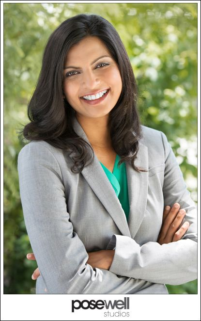Nice outdoor corporate headshot by Agnes Lopez for Pose Well Studios