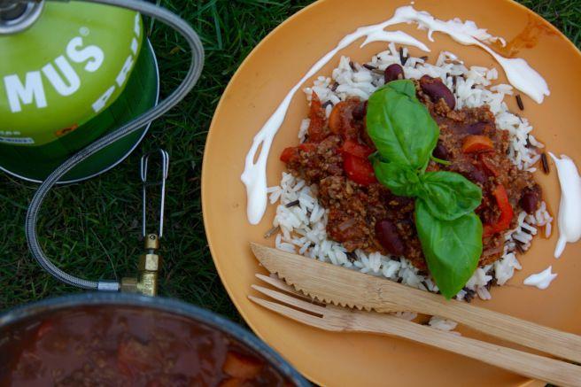 Hot chili con carne med bønner og ris