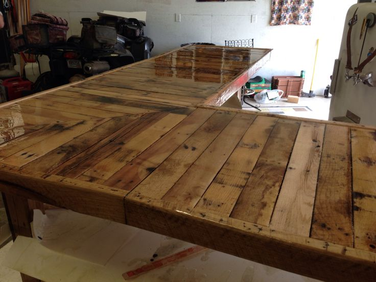 Epoxy Resin Top Bar Made From Pallets Pinterest