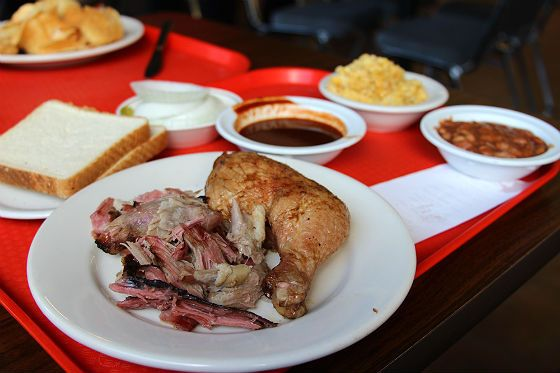 Oak Leaf Smokehouse - Cheap & Good Eats: Top 5 Budget Lunch Spots in the East End