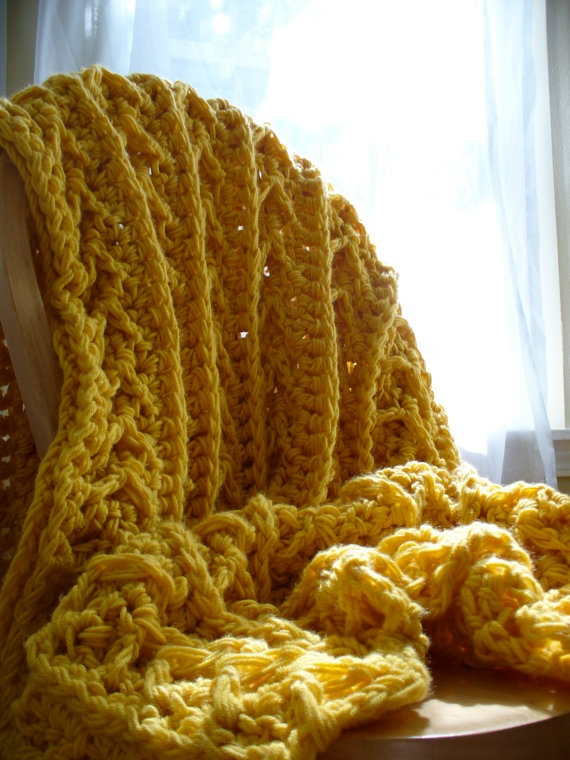 Cozy Cottage Throw - Sunshine
