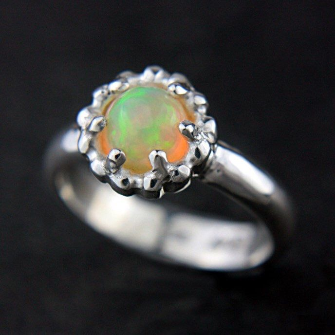 Magic Opal Ring ⭐️