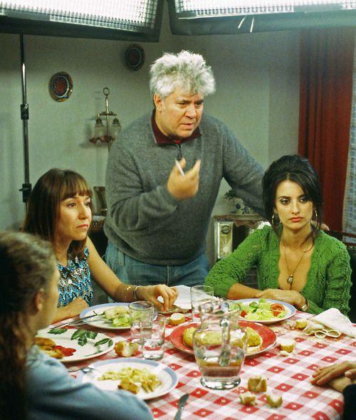 Pedro Almodovar on the set of Volver (2006) withLola Dueñas, and Penelope Cruz