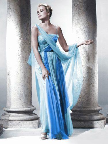 Gli abiti più belli del cinema secondo Marie Claire USA