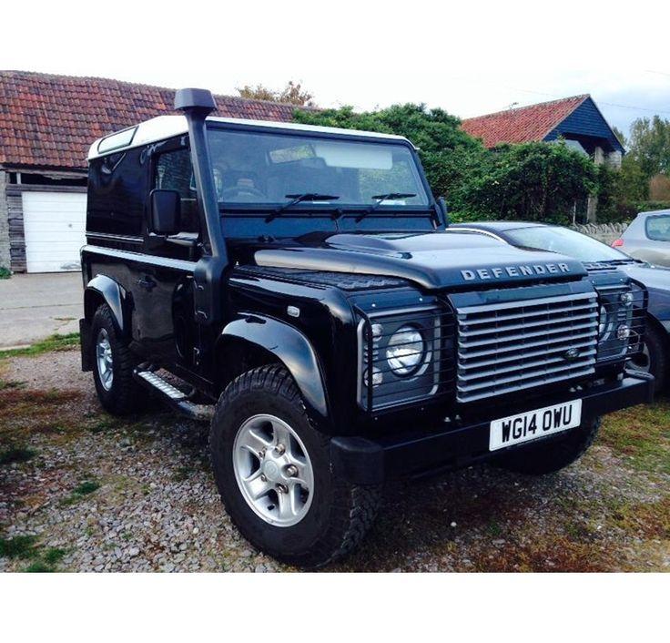2014 LAND ROVER DEFENDER 90 for sale, £23,700 - http://www.lro.com/detail/cars/4x4s/land-rover/defender-90/92639