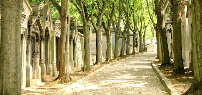 Pere-Lachaise Graveyard where many celebri-ties are buried and 5 day itinerary of paris