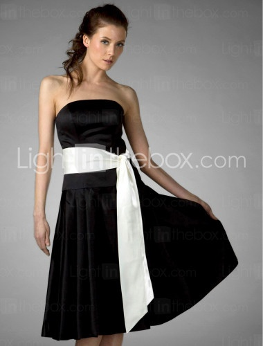 Something like this but maybe with straps for Zo? If can't do straps maybe a little bolero???