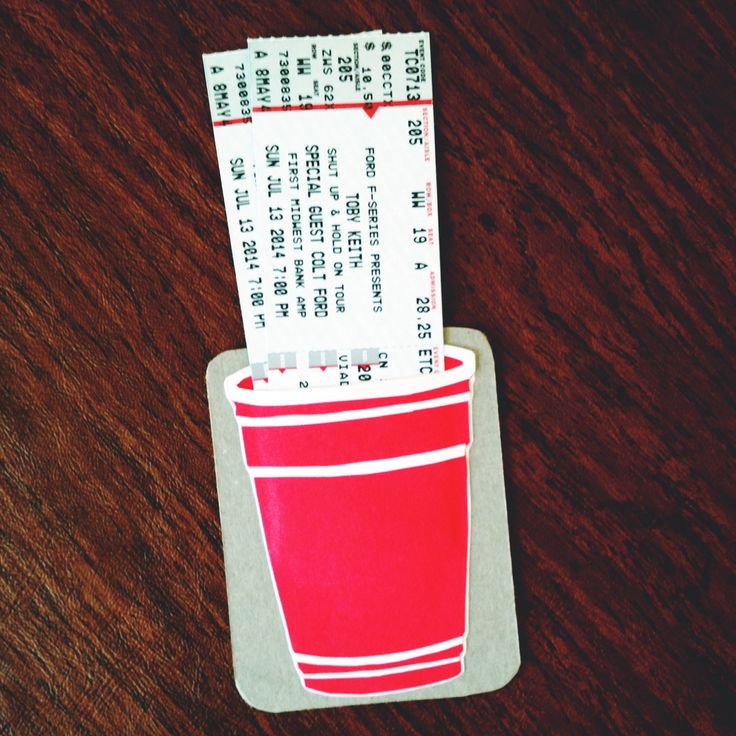 Red Solo Cup: Toby Keith concert ticket gift idea