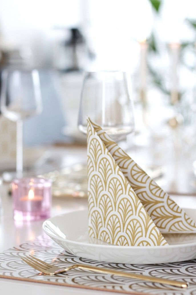 Placemats and napkins in tablesetting. Galleri – Dekohem.