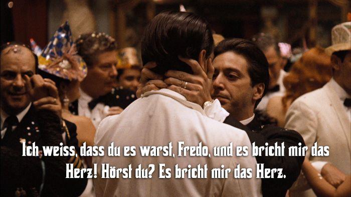 """Mit der """"Der Pate""""-Trilogie hat Francis Ford Coppola Filmgeschichte geschrieben und Meisterwerke geschaffen. Besonders """"Der Pate"""" und """"Der Pate II"""" gelten als die absoluten Paradebeispiele, was Filme über dieses Milieu betrifft. Wer sich für das Mafia-Thema interessiert, kommt um die Verfilmung von Mario Puzos Roman einfach nicht herum. Aus diesem Anlass haben wir einmal die besten Zitate aus """"Der Pate"""" zusammengestellt."""