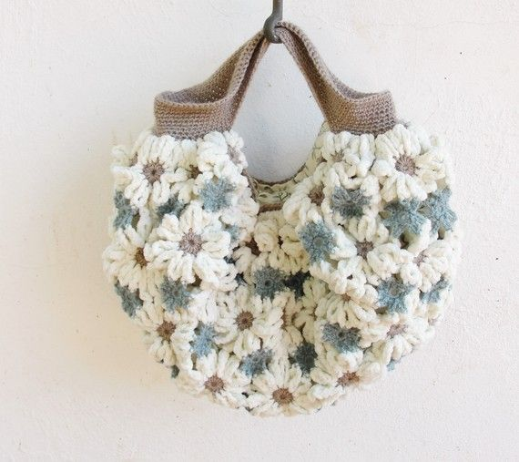 crochet bag of flowers