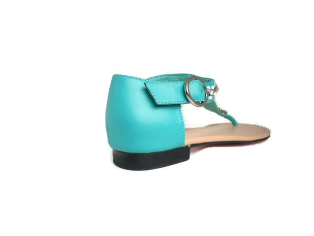 Support for the back of your foot is important! We think of things like that! www.alofadesigns.com quality always wins!