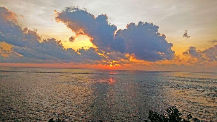 Taman Harmoni Bali Matahari terbit