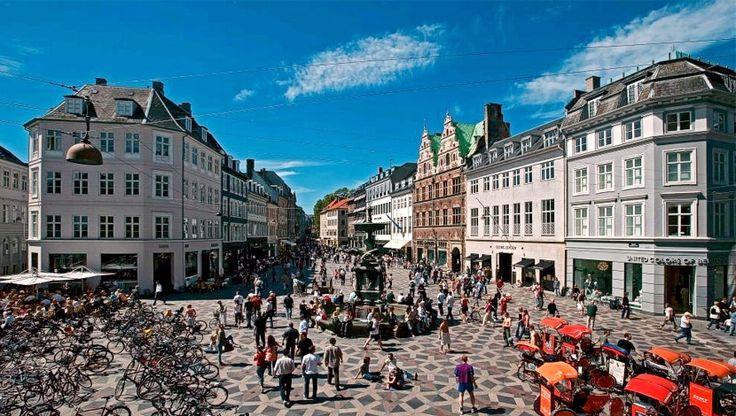 Stroget, la célebre calle peatonal en el corazón de Copenhague