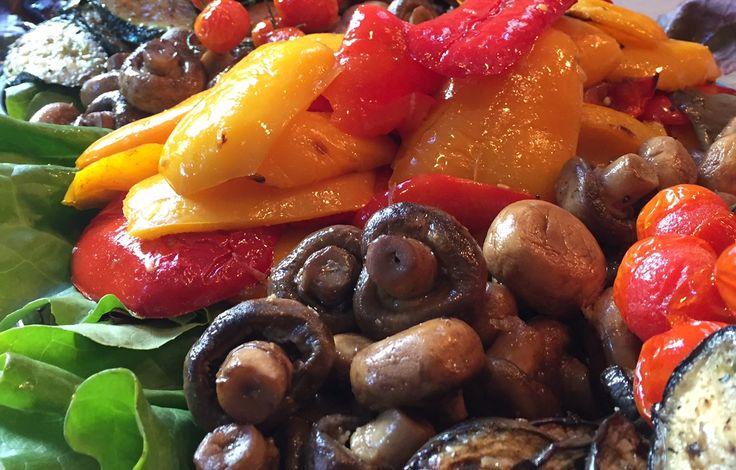 Mediterranes Gemüse als Antipasti http://blog.eventsofa.de/top-10-catering-service-anbieter-in-deutschland/ #Catering #München #mediterran #Buffet