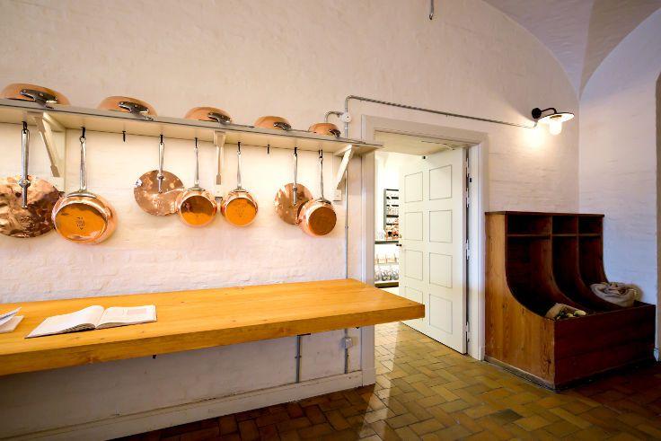 Royal Kopper Kitchen with Fire Door   Vahle Doors