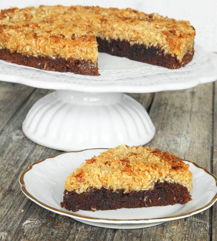 Baka en ljuvligt god kokostoscakladdkaka – klicka här för recept!