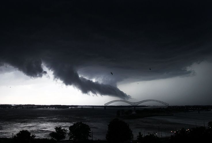 Supercells and mega storms: America's violent weather. Memphis, Tennessee.
