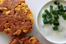 Croquettes de saumon au maïs et sauce à la lime #recettesduqc #repas #souper #lunch #saumon #maïs #poisson