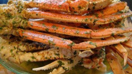 Ingredients 4-6 Clusters Of Alaskan Jumbo Snow Crab Legs 2 Of The 12 Fl. oz Bottle Of Beer (1 Use Bud Ice) Old Bay Or Seafood Seasoning (To Taste) Granulated Garilc (To Taste) Sea Salt (To Taste) ...