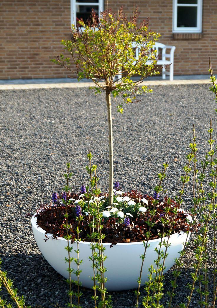 NorthØ White Matte Planter www.northoe.dk