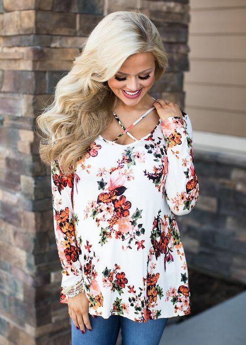 Long Sleeve Floral Criss Cross Top. Boutique, Online Boutique, Women's Boutique, Modern Vintage Boutique, Top, White Top, Floral Top, Long Sleeve Top, Criss Cross Top, Cute, Fashion