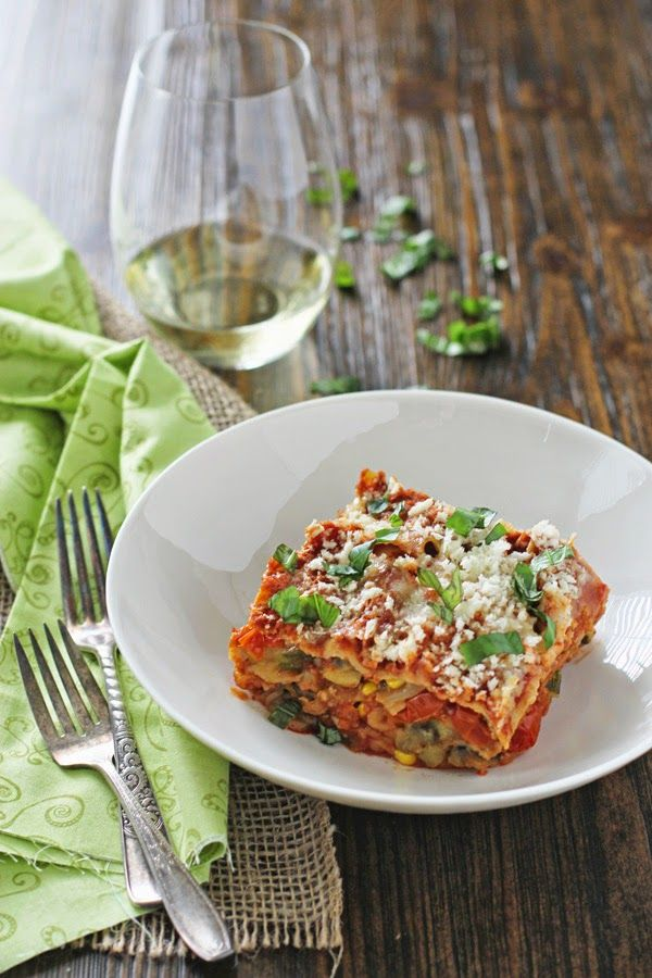 Summer Slow Cooker Vegetarian Lasagna with Eggplant and Zucchini from Oh My Veggies; this sounds easy and delicious! [featured on SlowCookerFromScratch.com] #MeatlessMonday #Vegetarian #SlowCooker #CrockPot