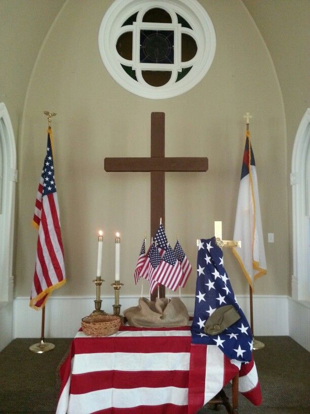 altar for memorial day church altar decorationspatriotic - Church Decorations