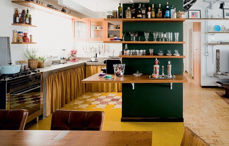 O orçamento está curto para investir na sonhada marcenaria sob medida? Cozinha sem armário!