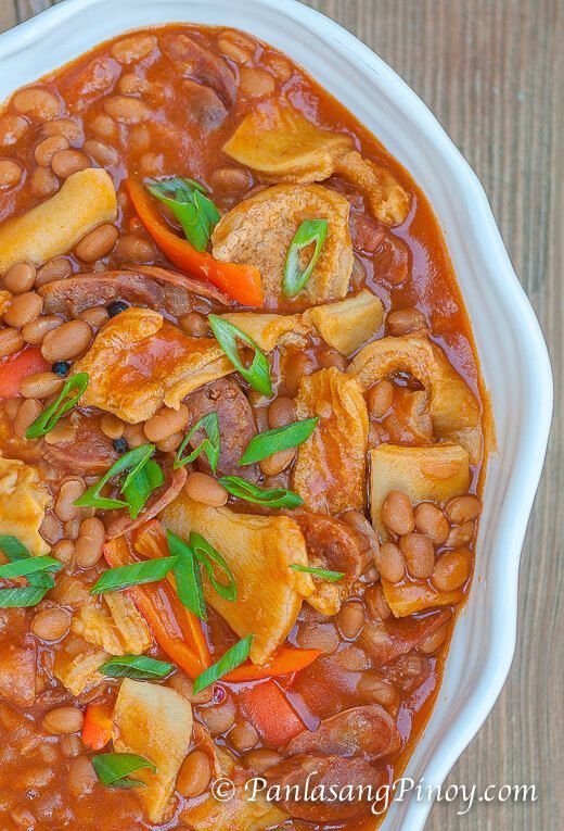 Beef Tripe tastes great when cooked properly and mixed with the right ingredients. This Easy Callos Recipe is a good example aside from Kare-kare.