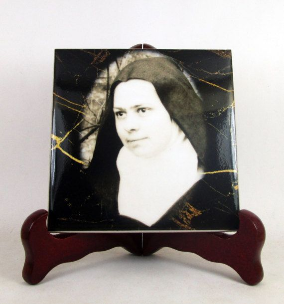 A new #catholic icon on tile available now in my #Etsy store. St #Elizabeth of the Trinity: https://www.etsy.com/listing/512375917