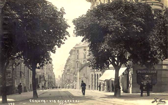 GENOVA - Via Assarotti - FOTO STORICHE CARTOLINE ANTICHE E RICORDI DELLA LIGURIA