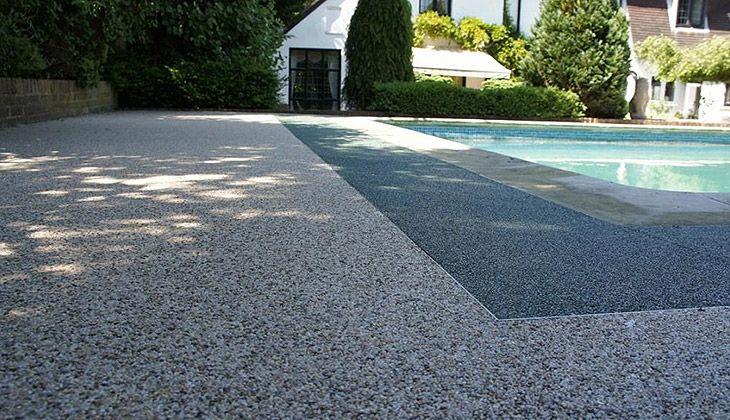 Réalisation plage de piscine antidérapante - Drôme Provencale (26) a été publié sur notre site Résineal