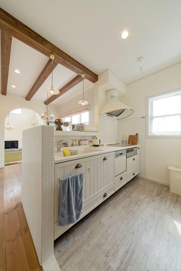 白を基調にしたフレンチカントリーなキッチン メープルホームズ神戸施工例集 インテリア フレンチカントリー ベッドルーム 家