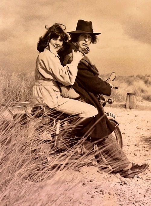 Now there's something you don't see everyday.  Sarah Jane Smith and the fourth Doctor.  And black and white for an extra bit of romance.