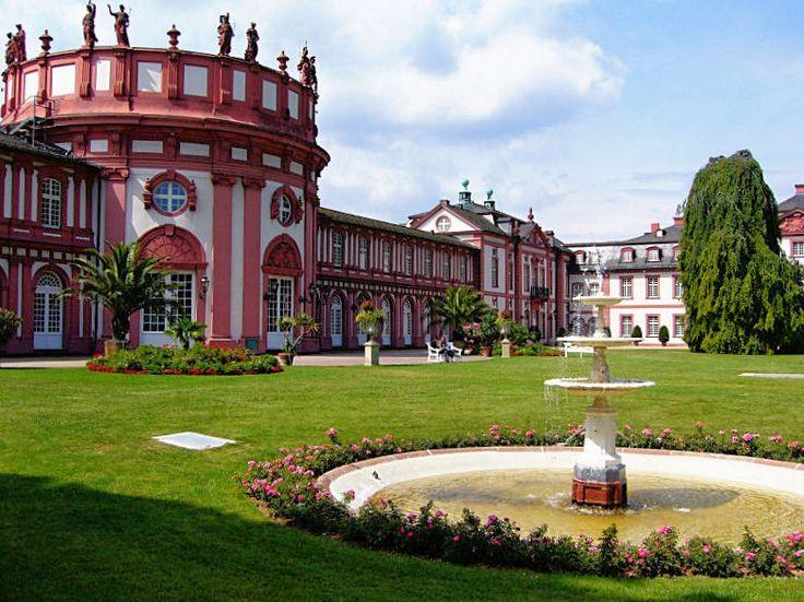 weisbaden | Wiesbaden-biebrich-schloss
