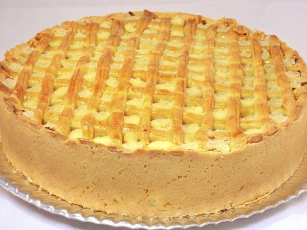 A Massa Econômica para Tortas, Quiches e Pastéis de Forno rende muito, é fácil de fazer e muito saborosa. Combina com todos os recheios que a sua imaginaçã