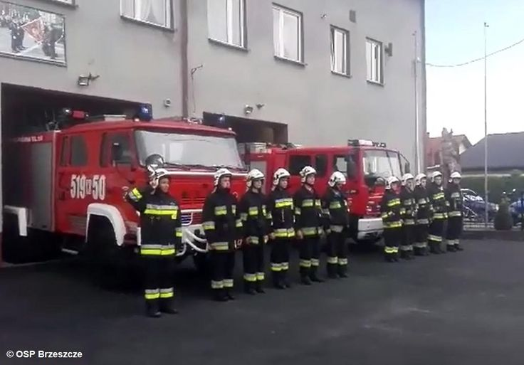 Oddali hołd kolegom poległym na służbie – FILMY #Straż #strażacy #strażpożarna #zginęli #hołd #pamięć