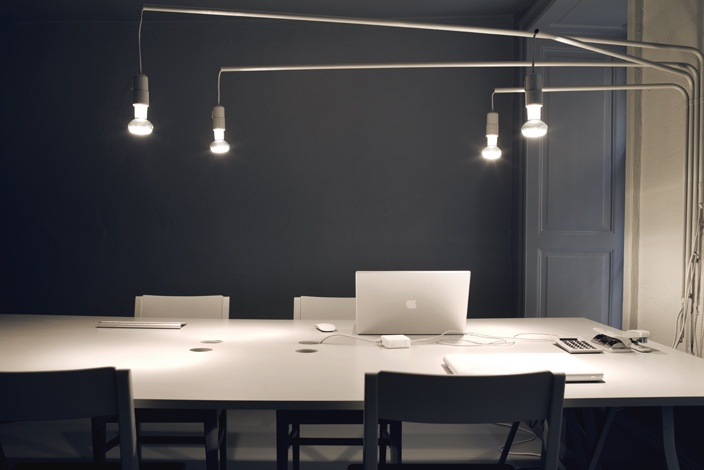 WORK SPACE | Photo Credit: #PiaUlin Dark Feature walls meet light work surfaces highlighted by movable lighting