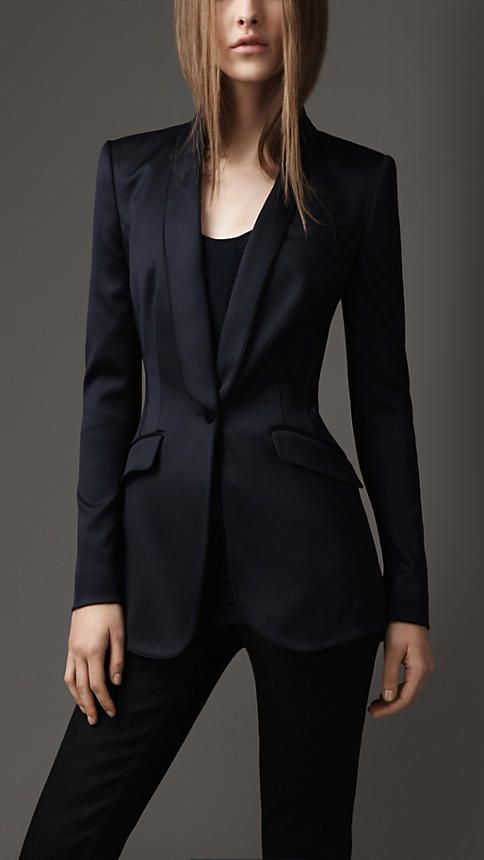 Burberry London Fitted Tuxedo Jacket