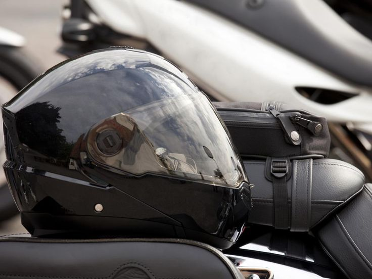 You can search and select all types of branded motorbike clothing over the official websites of online companies. In order to buy the high quality motorbike clothing, you must concern with the Bikers Wear.