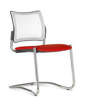 Sedia fissa su slitta o 4 piedi  disponibile a magazzino colore nero