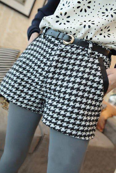Product Code: #93-09  Price: Rs. 1200  Fabric: woolen Waist: 70cm  Hips: 86cm  Length: 28cm Leg Opening: 48cm  Crotch Length: 22cm