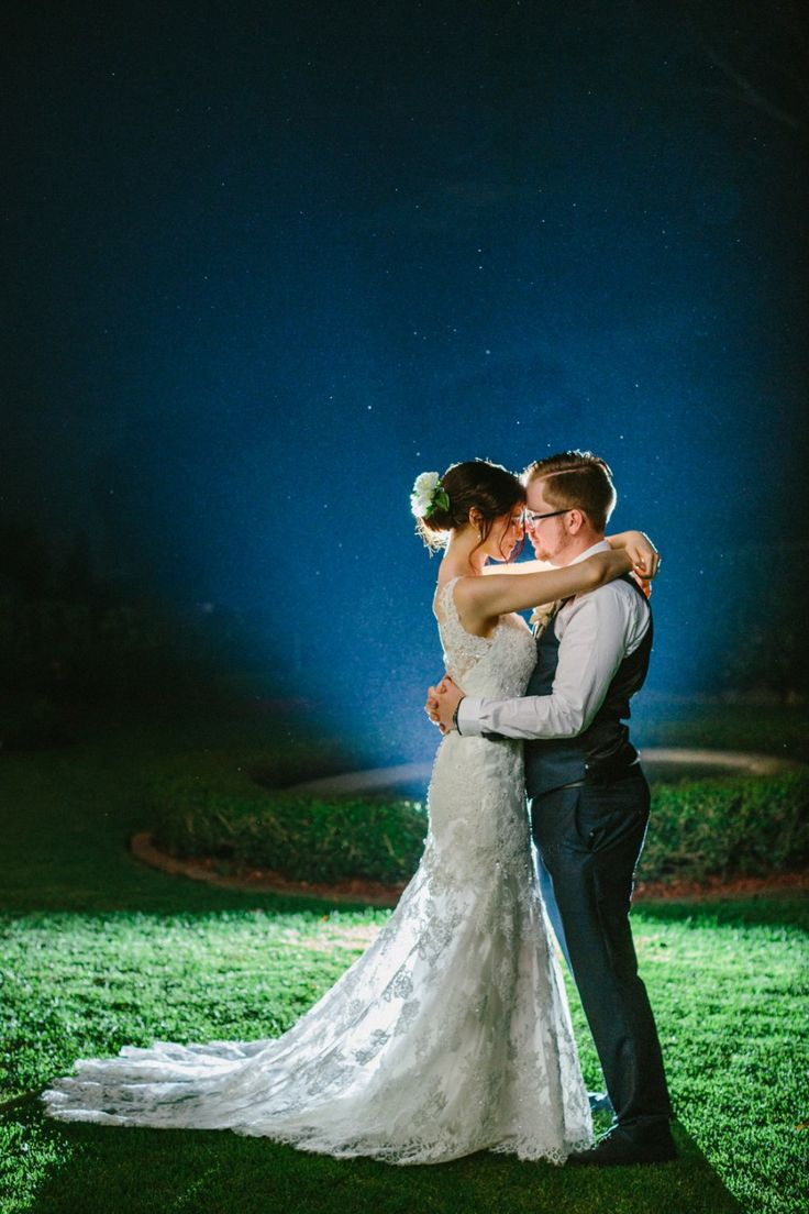 Night Wedding Photography at its best | Wild at Heart Photography | Visually Creative Styling | Sydney Wedding Venue | Eschol Park House