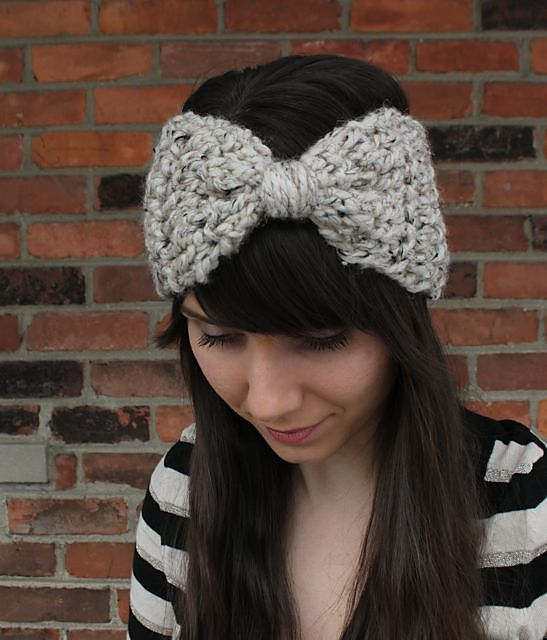 Ravelry: Big Bow Ear Warmer Headband by Britni Sherfield