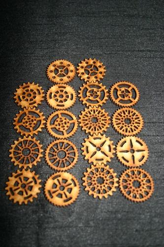 steampunk gears/cogs laser cut MDF. Not Tim Holtz.30mm.Set of 18 Cogs | eBay