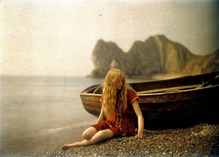 vintage everyday: Rare and Beautiful Color Portrait Photos of Mervyn O'Gorman's Daughter in 1913