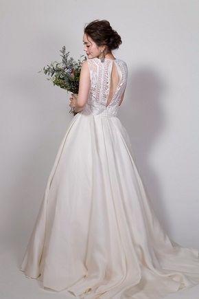 EVENT&NEWS,JUNOから最新情報のご案内。世界最高峰ブランドのウエディングドレスのレンタル、人気・トレンドのカラードレス、圧倒的におしゃれなメンズのレンタルタキシード、アクセサリー豊富。提携外の結婚式場に持ち込み可能。海外挙式への貸出も可能。ドレスの試着にご来店ください。