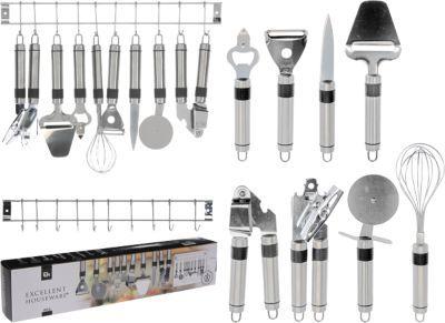 #Unisex #Küchenwerkzeug #Set mit #Edelstahl #Leiste #9 #teilig #silber Holen Sie sich puren Kochluxus ins Haus mit diesem neunteiligen Set mit acht Küchenwerkzeugen und einer praktischen Edelstahlleiste zum Aufhängen. Die Teile kommen in einheitlichem Design und ergeben ein sehr stimmiges Gesamtbild. Für jede Küchenarbeit ist etwas dabei! - Büchsenöffner: 21 cm - Schäler: 19 cm - Flaschenöffner: 20 cm - Schneebesen: 27 cm - Pizzaschneider: 22 cm - Knoblauchpresse: 20 cm - Käsehobel: 23 cm…